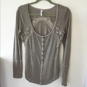 Free People long sleeve scoop neck top.S/P Taupe
